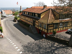 Ferienhaus, Ferienwohnung ,Sommerhaus: Übernachtungsmöglichkeit in 3760 Gudhjem       - Hotel Pepita