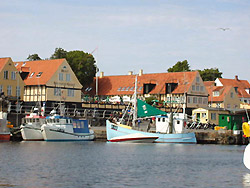You can experience gastronomic specialities in restaurants, Cafees and Smoked huses on Bornholm!     -  Hotel Siemsens Gaard