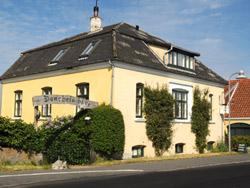 Bornholm: Folkemøde overnatning Sommerhus, Feriehus, Hotel, Pension  -  Danchelshus