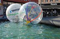 Forlystelser-oplevelser-Attraktioner og Action på Bornholm.  -  Waterballs