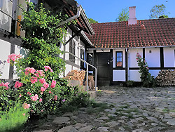 <b> overnatning Bornholm </b>  -  Baadstad-Strand ferielejligheder